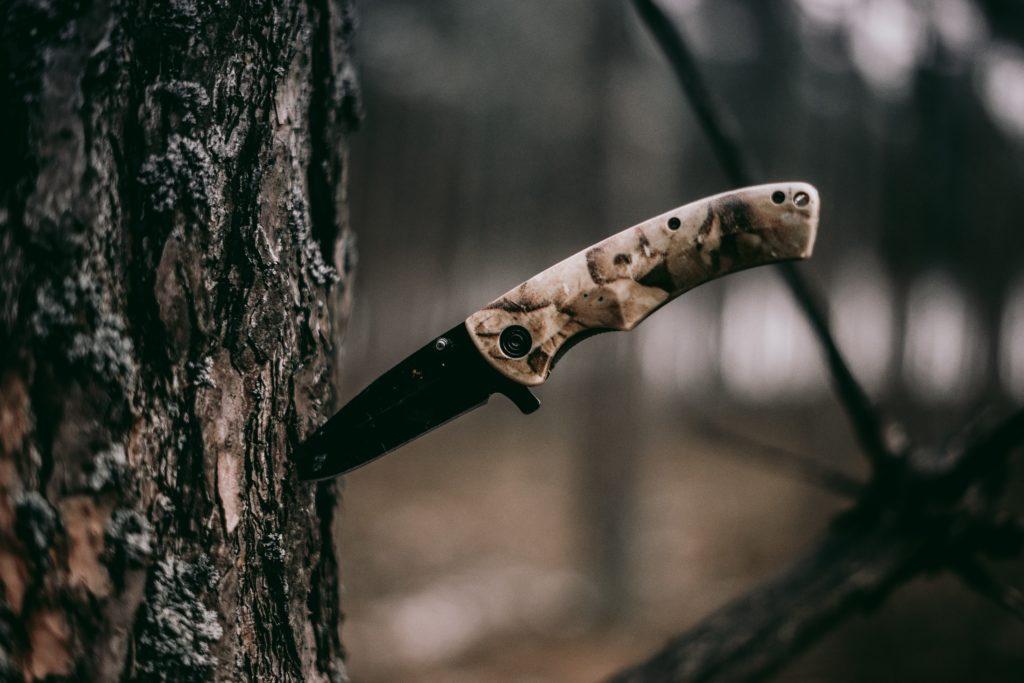 Posiadanie noża