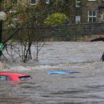 Utopiłeś auto w kałuży na drodze? Kosztami naprawy podzielisz się z jej zarządcą