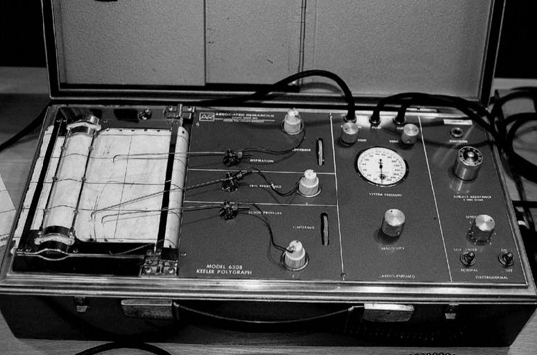 Poligraf Keelera model 6308