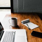 Czy pisanie za kogoś prac na uczelnię jest legalne?