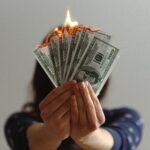 Płatna protekcja – czy jest legalna?