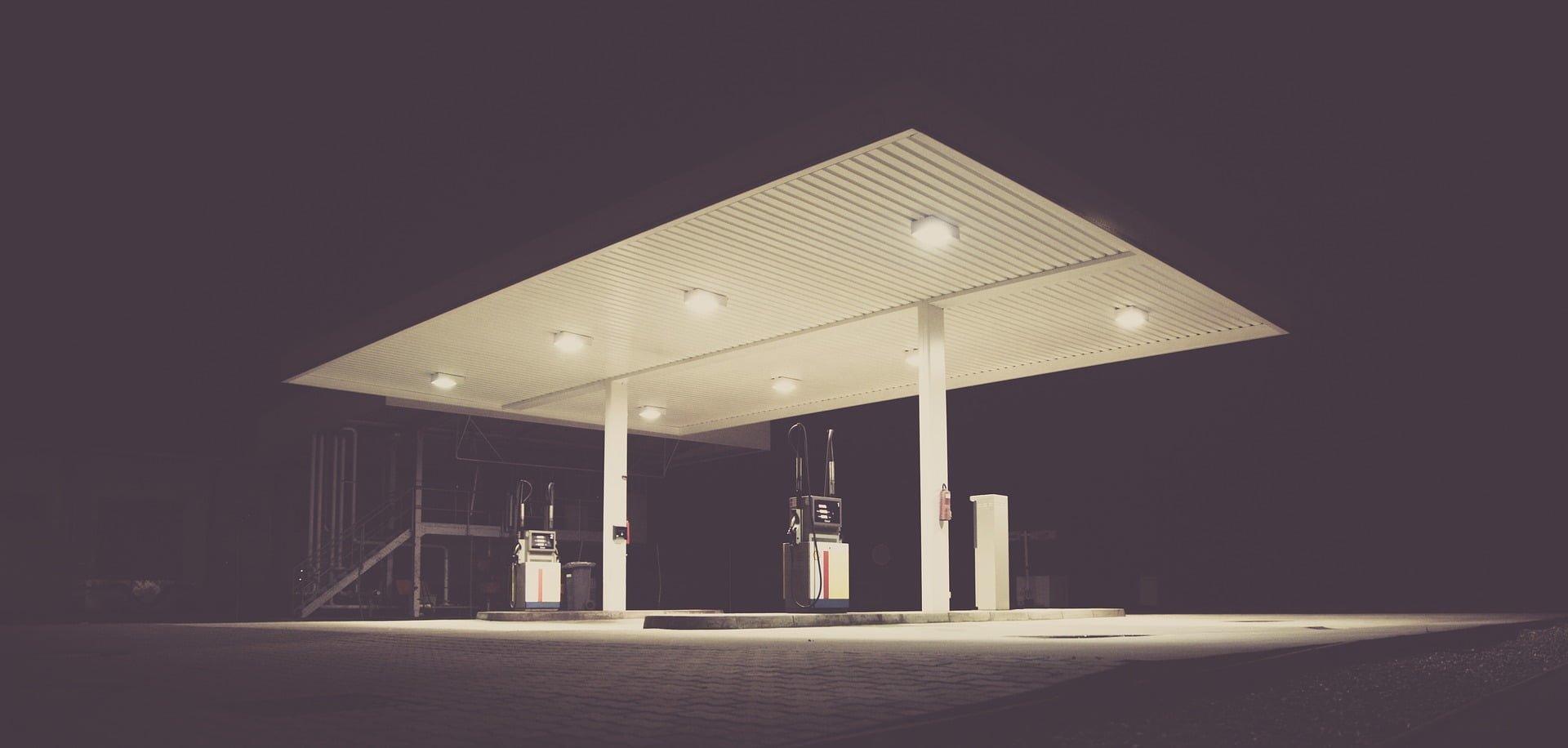 """Zakaz handlu również na stacji benzynowej? PIP jest na """"TAK"""""""
