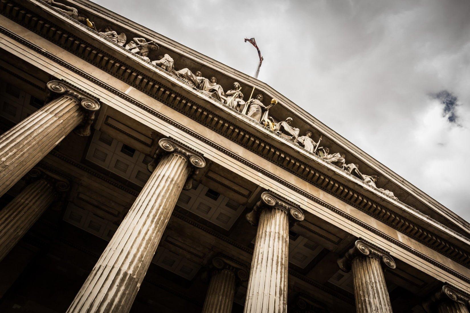 Posiedzenie a rozprawa w postępowaniu karnym - różnice