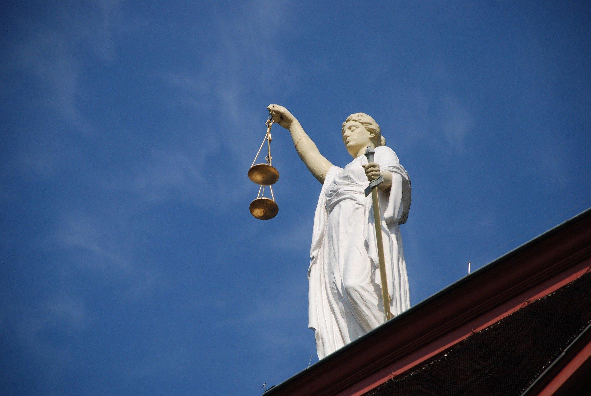 Kiedy następuje zawieszenie postępowania karnego?