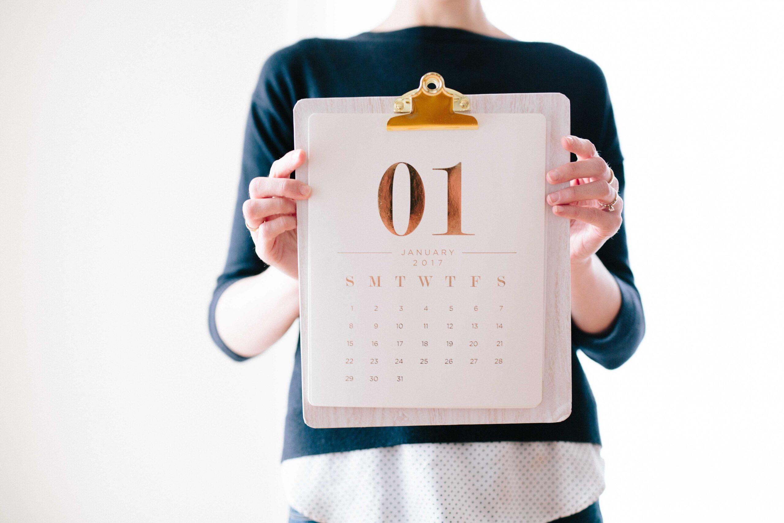 Czym jest rok podatkowy i jaka jest jego funkcja?