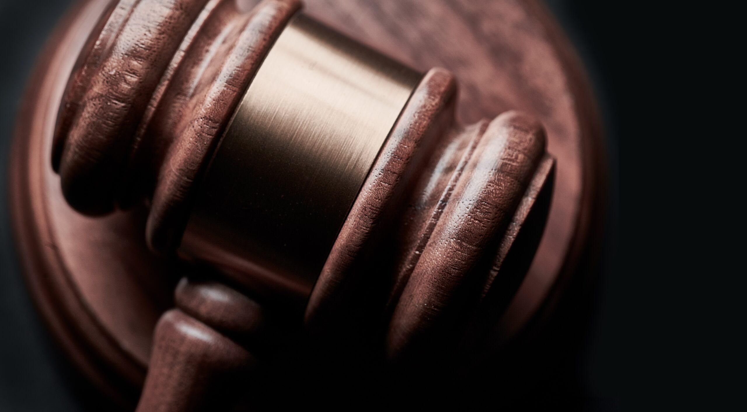 Kiedy możliwe jest odwołanie warunkowego przedterminowego zwolnienia przez sąd?
