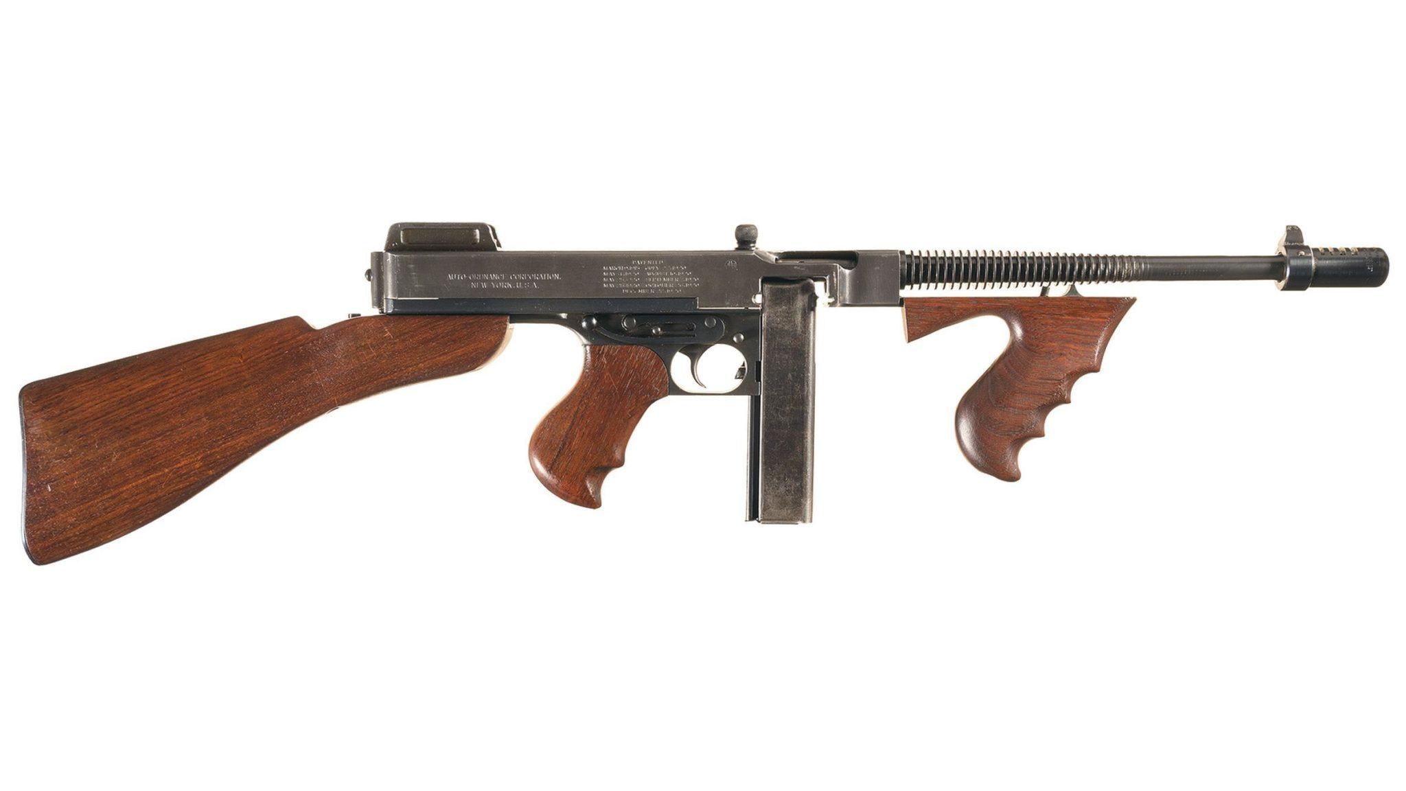 Karabin Thompson - używany przez policje amerykańską w latach 40 XX w.
