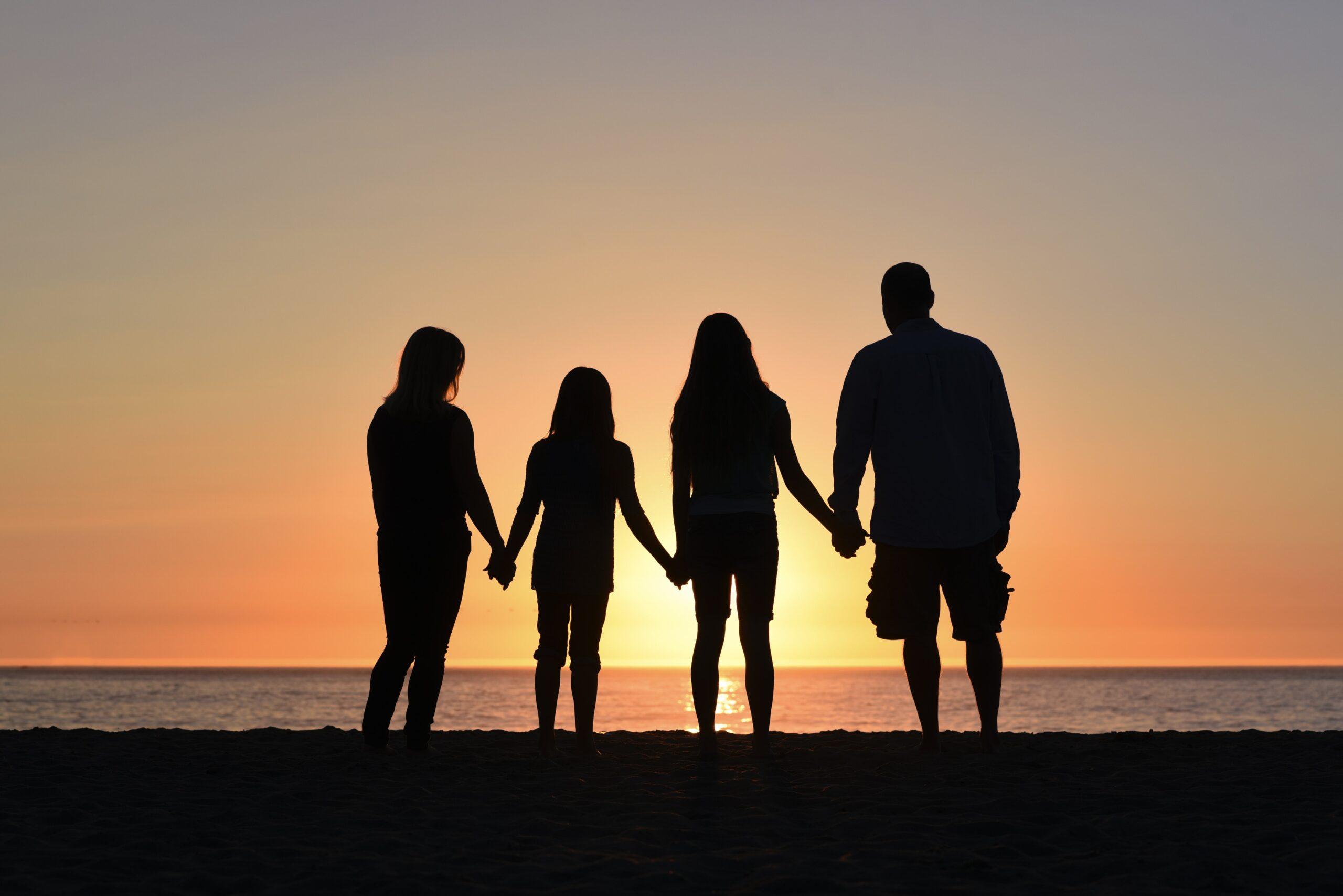 Adopcja a rodzina zastępcza