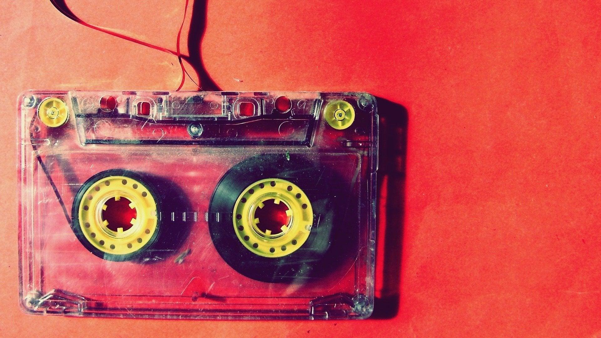 Prawa pokrewne - czym jest fonogram? (na zdjęciu: kaseta muzyczna)