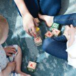 Opieka nad dzieckiem. Kiedy można otrzymać dni wolne na opiekę?