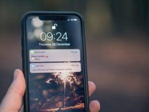 Tajemnica korespondencji w procesie – czy SMS może służyć jako dowód?