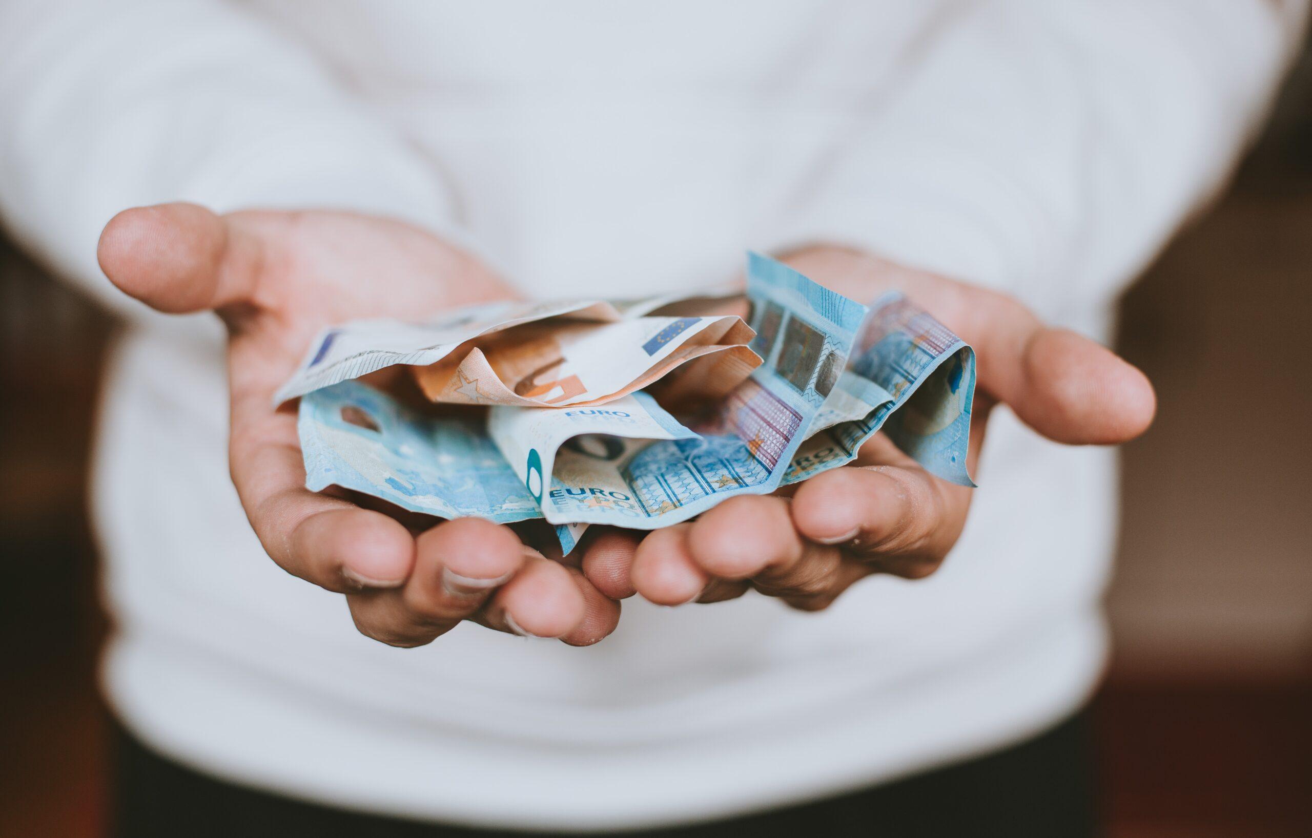 Renta socjalna ZUS – komu przysługuje?