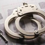 Kiedy sąd odstępuje od wykonania tymczasowego aresztowania?