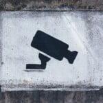 Monitoring własnej posesji może się skończyć odszkodowaniem dla sąsiada